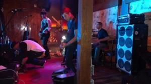 THORNE:Malibu Inn Show 12:12